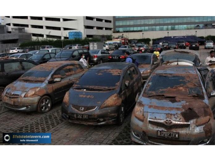 Mengenali Mobil Bekas Banjir