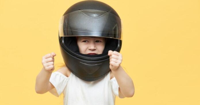 tthumb motor dengan anak - tips aman naik motor bersama anak